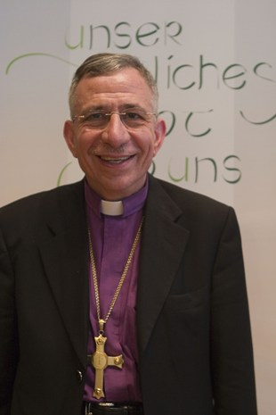 Munib Younan bishop